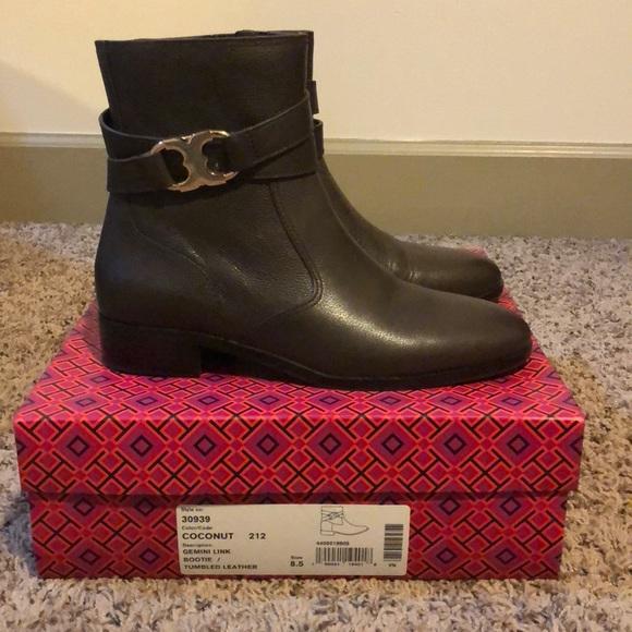 f93810238487 Tory Burch Shoes - Tory Burch Booties - 8.5